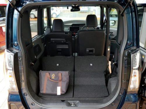 2019新型タントの荷室スペース